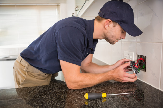 Electricians in Kansas City